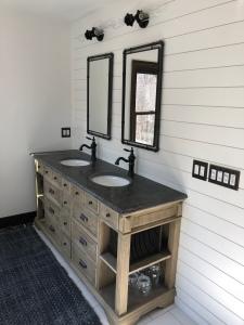 Farmhouse Bathrooms East Cobb